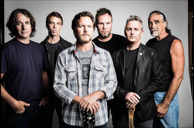 Pearl Jam at Videotron Centre