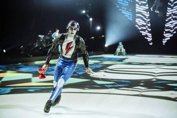Cirque du Soleil - Axel at Videotron Centre