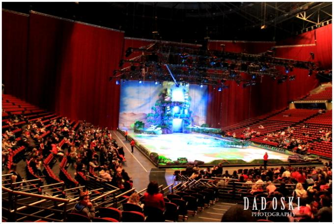 Disney on Ice: Worlds of Enchantment (French Performance) at Videotron Centre